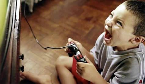 siddet-icerikli-oyunlar-cok-kucuk-yaslarda-oynanabiliyor